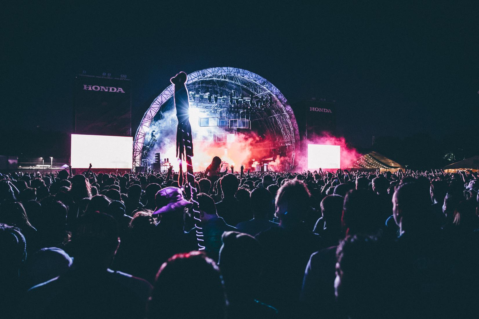 concert-stadium-ConvertImage